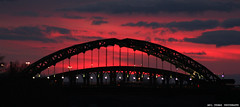 Give me Red !! (agthom) Tags: bridge sunset red colour evening northeast sunderland tyneandwear wearmouthbridge