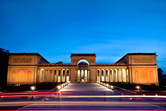 Legion of Honor (jasmineleephotography.com) Tags: sanfrancisco longexposure blue sky lights lee streaks filters legionofhonor jasminelee gnd canon5dmarkii photosbyjas