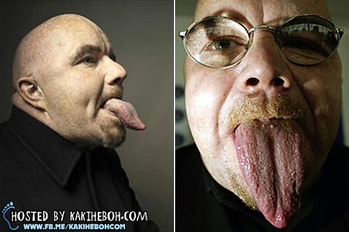 Worlds-Longest-Tongue-Stephen-Taylor
