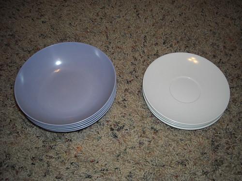 Melmac Bowls & Saucers
