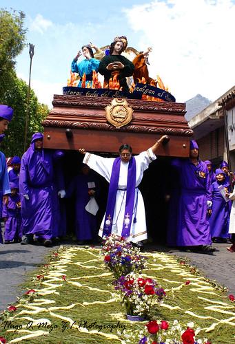 Procesión de la Iglesia de Jocotenango Sac01.