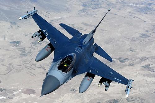 フリー写真素材, 乗り物, 航空機, 戦闘機, F- ファイティング・ファルコン, アメリカ空軍,