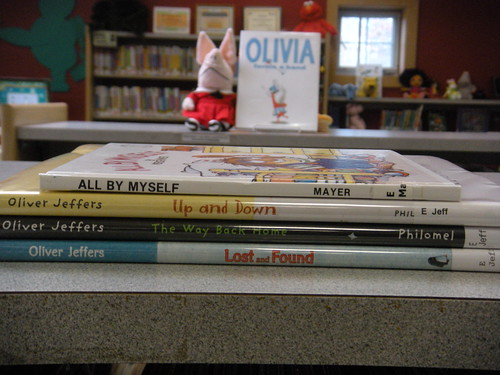 spine poetry 018