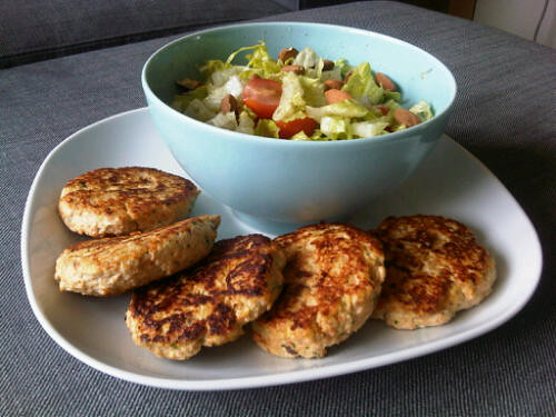 Chicken coconut burgers