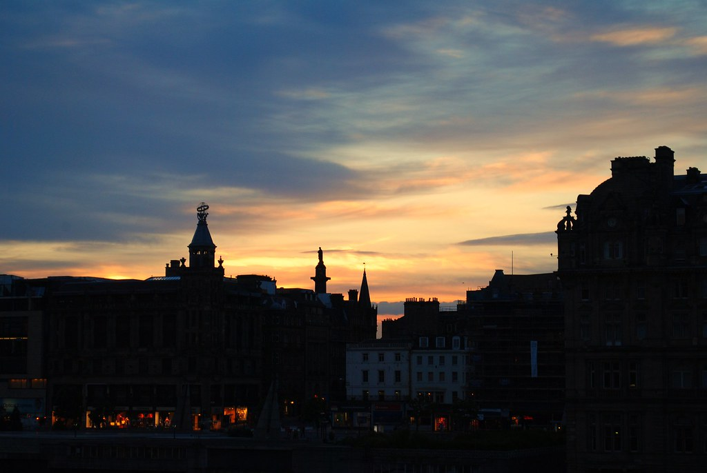 sunset in edinburgh