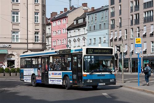 Bergers 8511 erreicht den Kurfürstenplatz und wird auf die Linie 127 wechseln