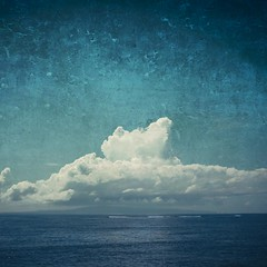 cloud (Dyrk.Wyst) Tags: blue sea sky bali texture monochrome azul clouds composition indonesia square island meer mood himmel wolken atmosphere insel blau minimalism indonesien stimmung reise wellen reiseziel traveldestination thanksphilippesaintelaudyforthetexture