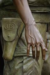 Vietnam War Memorial (Graham Buffton) Tags: usa statue bronze soldier us dc washington memorial war pentax vietnam capture finest the k10d pentaxk10d handsart creativemindsphotography mygearandme