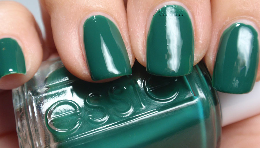 Paillette: a little nail polish journal: CQ Does It Right! (And Some ...