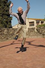 Llibre de salts (Jump Book) (Museus Dal) Tags: espaa jump spain catalunya dali espagne figueres pubol catalua dal salts espanya catalogne halsman philippehalsman jumpbook pbol teatremuseudal