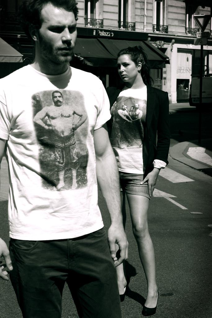Apadana : des t-shirts à dos de Pahlavan