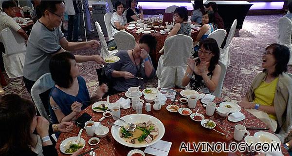 Ah Lun bonding with the participants