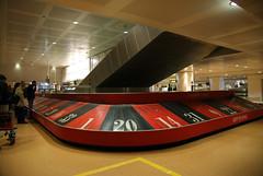 Airport Venice-Marco Polo (RayKippig) Tags: italien venice italy airport italia roulette flughafen venise venezia venedig baggageclaim marcopolo gepäckausgabe