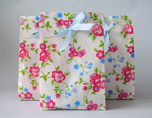 Pretty paper floral bags