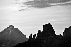 10D186  Siluette delle Cinque Torri all'alba (bellodis) Tags: summer sky bw mountain horizontal dawn estate alba cielo montagna siluette 2010 cinquetorri antelao dolomitiunesco dolomitesunesco