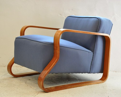 Alvar Aalto model 44 chair