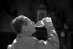 Man drinking water in Stockholm, Sweden 6/5 2011 (photoola) Tags: street people blackandwhite bw man mannequin water monochrome frankreich sweden stockholm schweden drinking sverige sed sv sucia estocolmo suede stoccolma suecia maniqui  frankrike manekin soif sude tukholma  svezia 2011 svartvitt sztokholm szwecja ruotsi maniques  skyltdocka durstig ranska assetato   indossatrice tukholmassa  manekiny   swecja spragniony mallinuket skyltdockor thirsdy lumixgh2 photoola