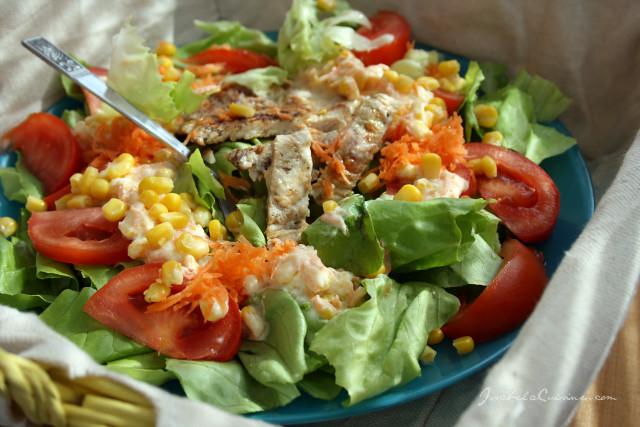 Salata cu piept de curcan pe gril