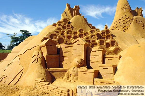 Annual Sand Sculpting Australia exhibition, Frankston waterfront-16