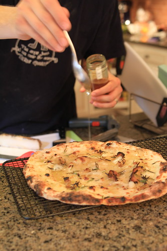 Cured meats cooks: pizza