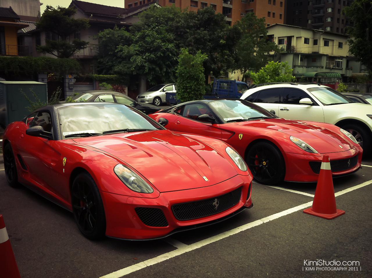 Ferrari 2011.06.10-015