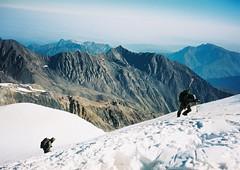 (Nikolay Kulivets) Tags: 35mm film olympusmjuii mjuii kodak georgia caucasus kazbek alpinism man
