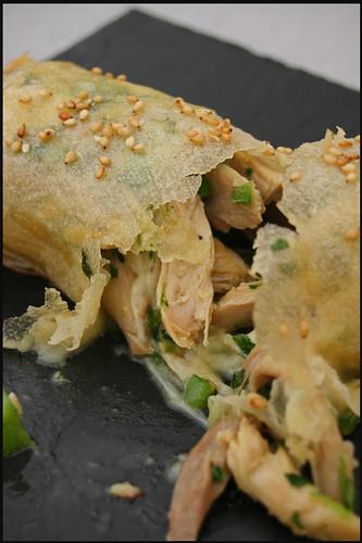 5551962525 b2c33f6d31 Spring Roll au poulet et piment vert – Salade de carotte et raisins au yaourt