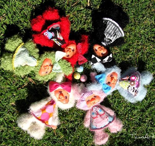 Round n round bunny tails