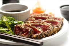 Sesame & Poppy Seed Crusted Yellowfin Tuna (Jim U) Tags: food home highkey marble strobist sony900 minolta100mm28macrod
