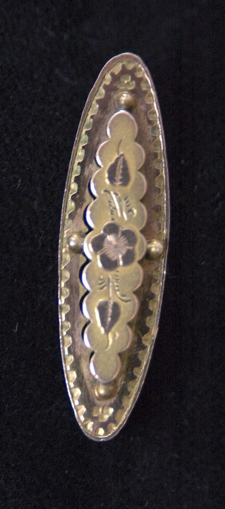 Gold Victorian Sweetheart (Mizpah) Brooch
