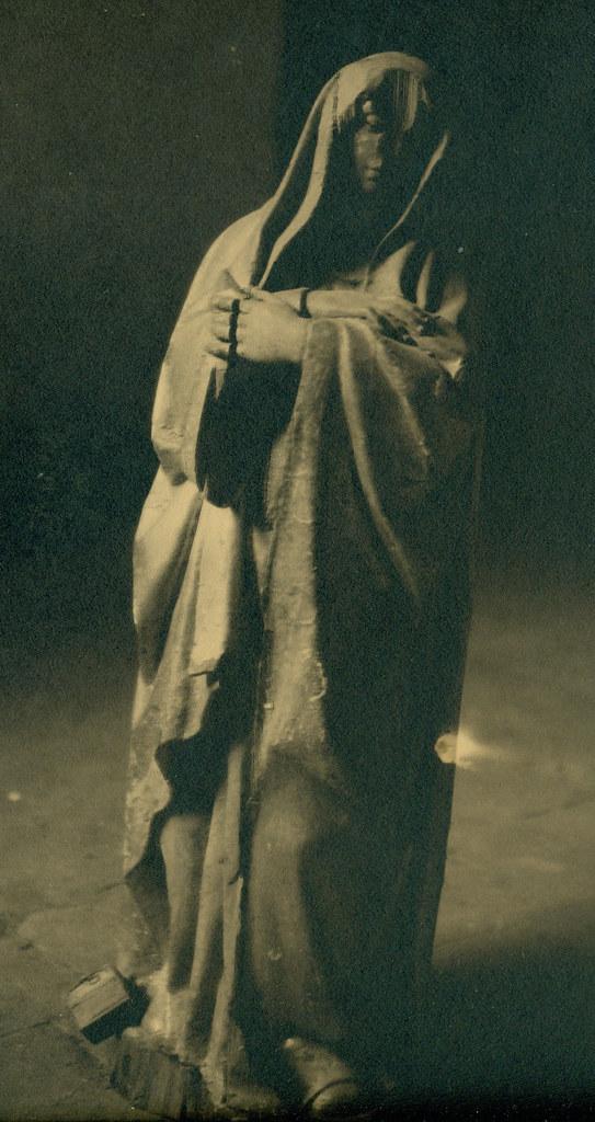 Escultura del Convento de las Concepcionistas destruida en la Guerra Civil. Fotografía de Pelayo Mas Castañeda. Causa de los mártires de la persecución religiosa en Toledo