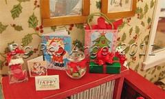 Tutti Size Christmas Miniatures