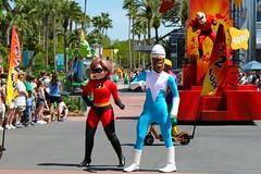 Pixar Pals Countdown to Fun! (Disney Dan) Tags: usa america us spring unitedstates florida character disney parade pixar april characters fl wdw waltdisneyworld dhs mrsincredible frozone disneycharacters disneycharacter 2011 hollywoodstudios disneyshollywoodstudios helenparr pixarpalscountdowntofun countdowntofun
