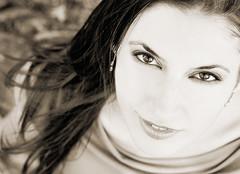 Maricarmen (La Vieja Sirena) Tags: portrait girl beautiful beauty face chica retrato cara abril granada session guapa belleza maricarmen sesin 2011