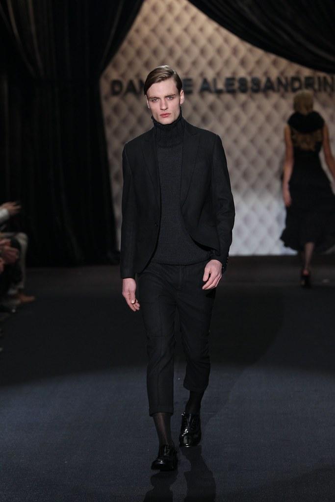 Oskar Tranum3196_FW11_Milan_Daniele Alessandrini(Homme Model)