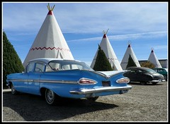 1959 Impala at Wigwam Village (Dusty_73) Tags: road trip travel arizona usa chevrolet america vintage buick highway village united mother motel icon 66 route chevy hudson states teepee roadside impala holbrook 1959 wigwam