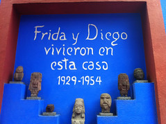 frida kalho's  house (g fontseca) Tags: blue house azul mexico casa frida kalho