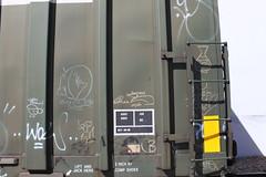 Streaks (Stock Tip Assassin .) Tags: train bench canadian streaks freight bocar fr8 monikers