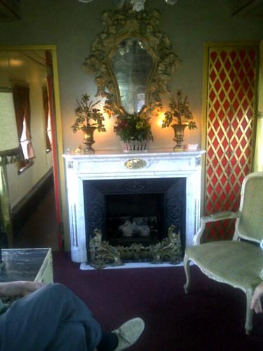 Private Rail Car  Virginia City - open gas fireplace