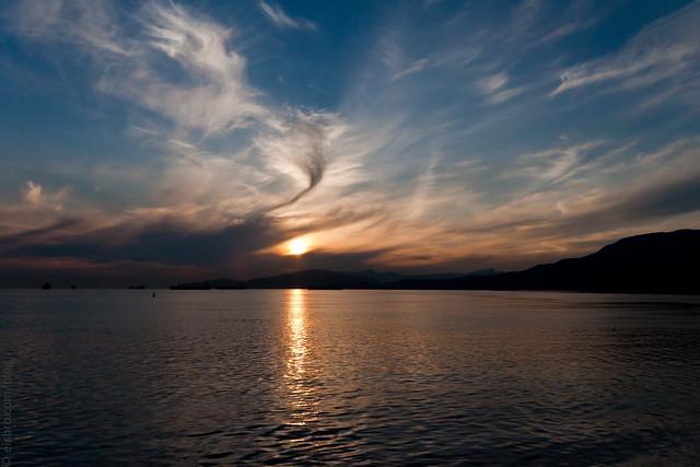 Clouds/Sunset/Sea