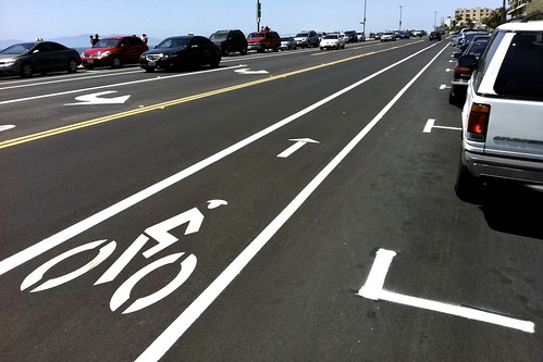 New Redondo Beach Esplanade Bike Lane With Door Zone Buffer
