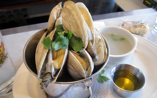 the steamers at pearl oyster bar