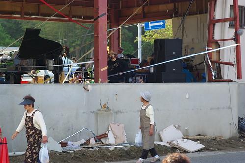 あの「豊間のすごいセブンイレブン」でライブイベントが開催、「SHARE FUKUSHIMA」の写真29枚 #sharefukushima