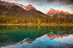 Faeder Lake Sunset (chris lazzery) Tags: sunset canada britishcolumbia yohonationalpark canonef1740mmf4l 5dmarkii faederlake