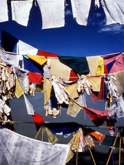 TibetBuddFlag1 (Paolo Del Papa) Tags: nepal mountains history travels