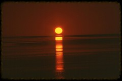 Good night, Africa. (vittorio vida) Tags: africa sunset red sun nature landscapes desert tunisia chotteldjerid