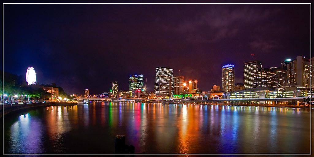 11/52 - Brisbane @ Night