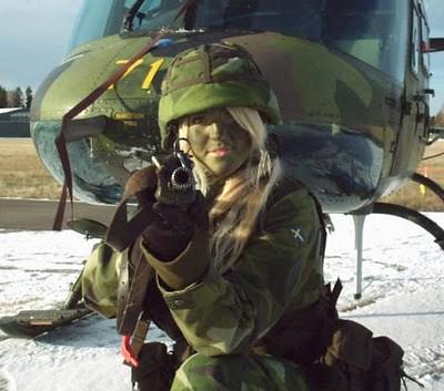 Military_Women_41