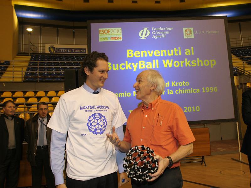 John Elkann and Harold Kroto at the buckyball