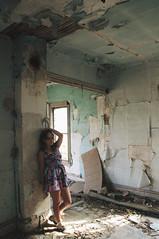 (yyellowbird) Tags: house abandoned girl missouri cari moselle